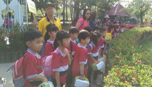1061121低年級校外教學_171122_0079.jpg