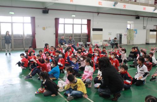 1091217慶祝聖誕節~1_201222_2.jpg